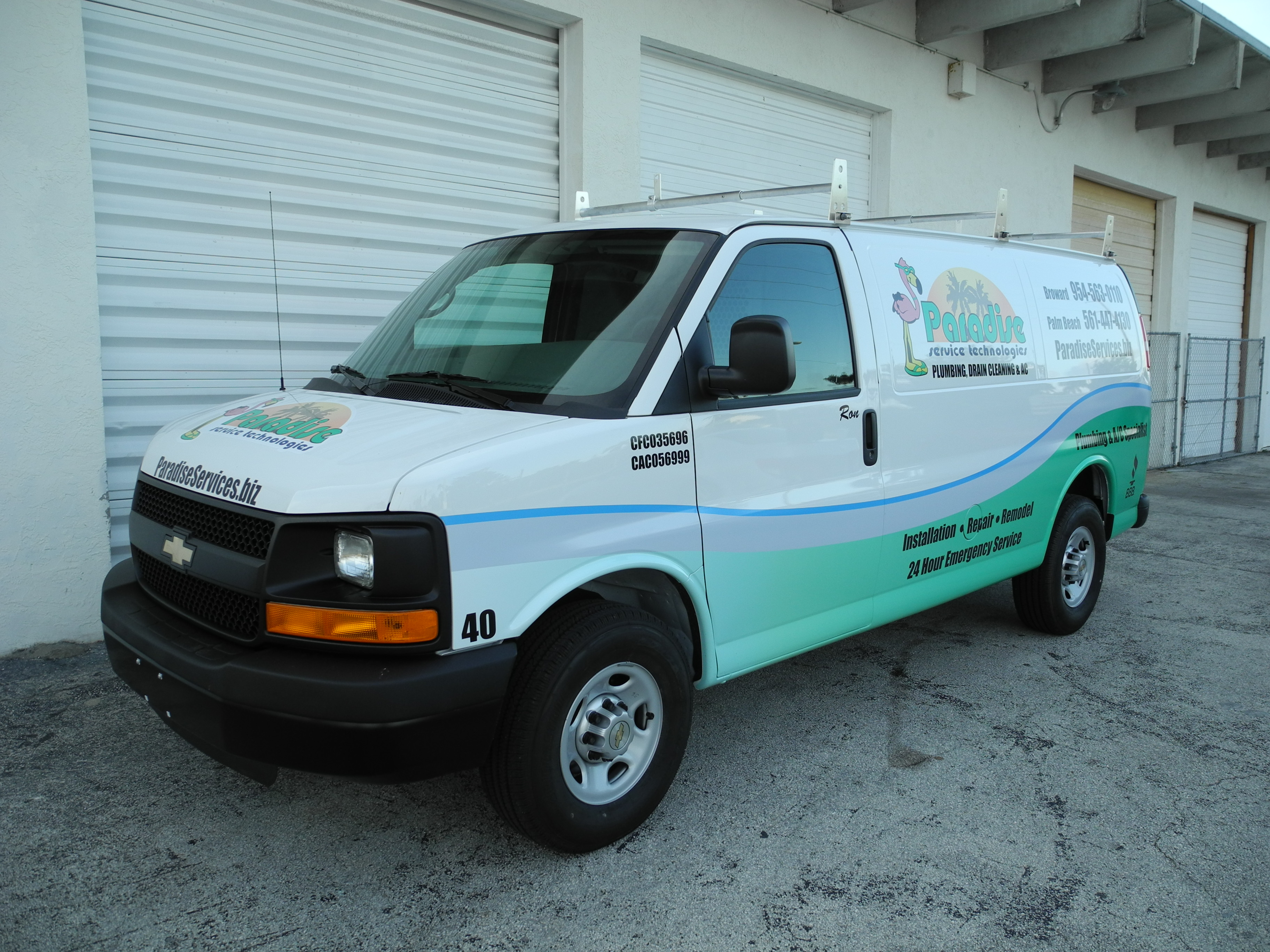 intack signs and wraps chevy express van vehicle wrap. Black Bedroom Furniture Sets. Home Design Ideas
