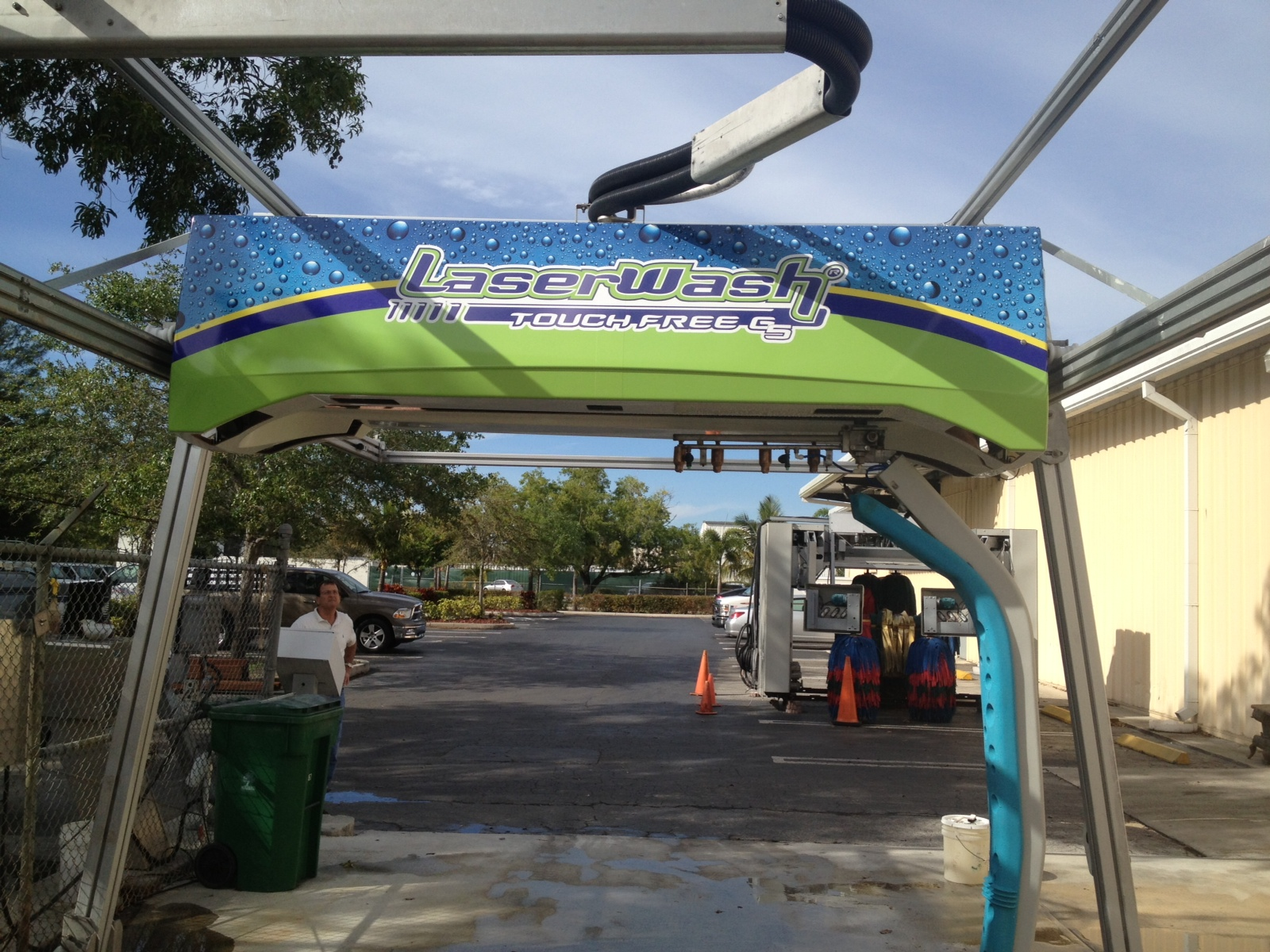 Intack Signs And Wraps 187 Car Wash Machine Wrap